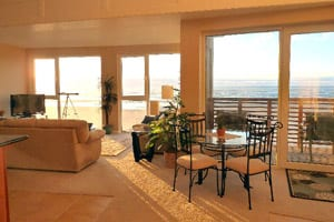 Windows on the Sea Vacation Rental, Rockaway Beach, Oregon