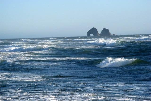 Rolling waves near Twin Rocks, Rockaway Beach, Oregon