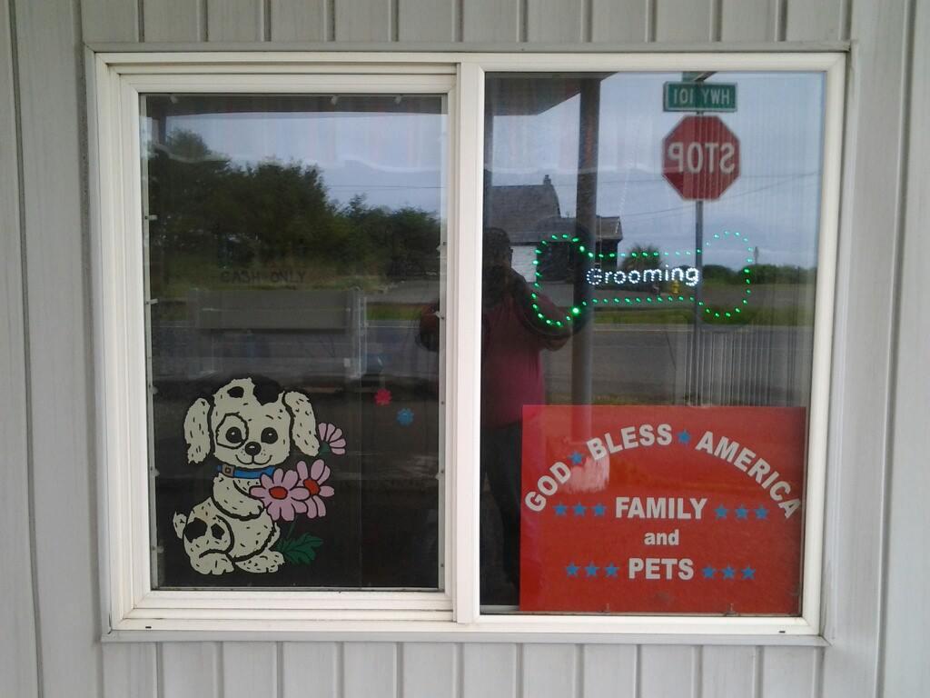 Pampered Pets, Rockaway Beach, Oregon