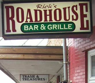Rick's Roadhouse Bar & Grille, Rockaway Beach, Oregon