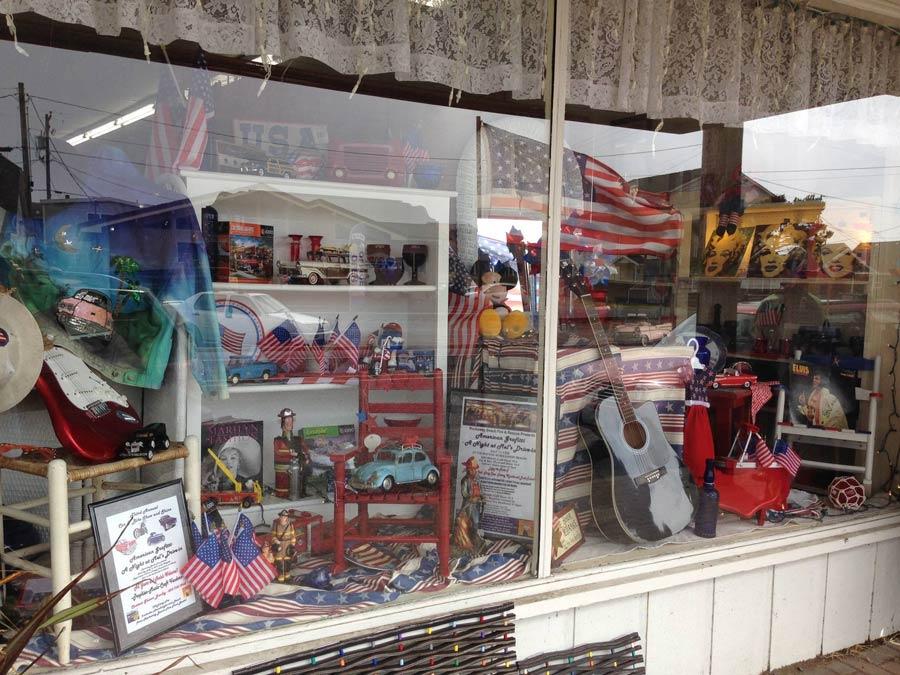 Trash & Treasures, Rockaway Beach, Oregon