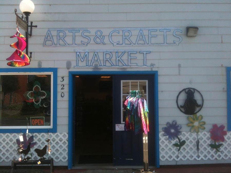 Washed Ashore Arts Crafts & More, Rockaway Beach