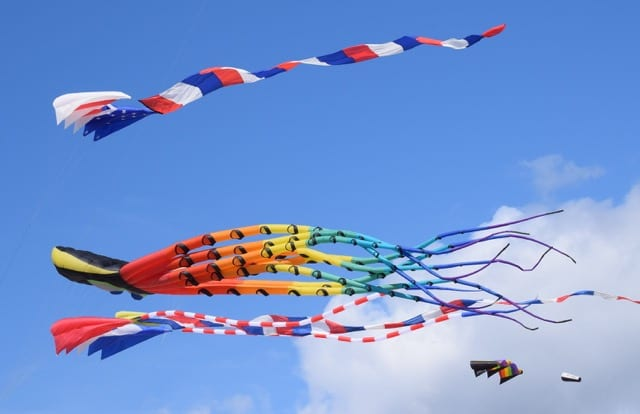 Health Benefits of Flying a Kite