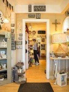 Antique shop in Rockaway Beach