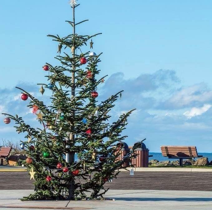 Celebrate the Holidays in Rockaway Beach